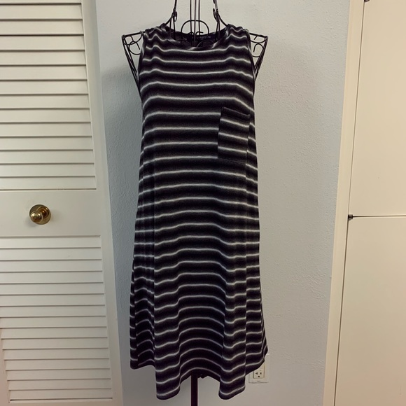 one clothing Dresses & Skirts - One Clothing sleeveless stripes dress
